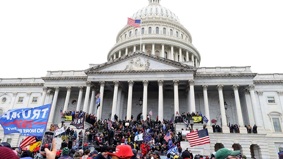 us-capitol-siege-GettyImages-1294942355-H-2020-1609972196-928x523